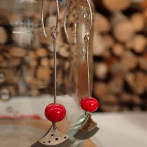 Bijoux en verre et en argent créatrice sur lyon création artisanat souffleur de verre